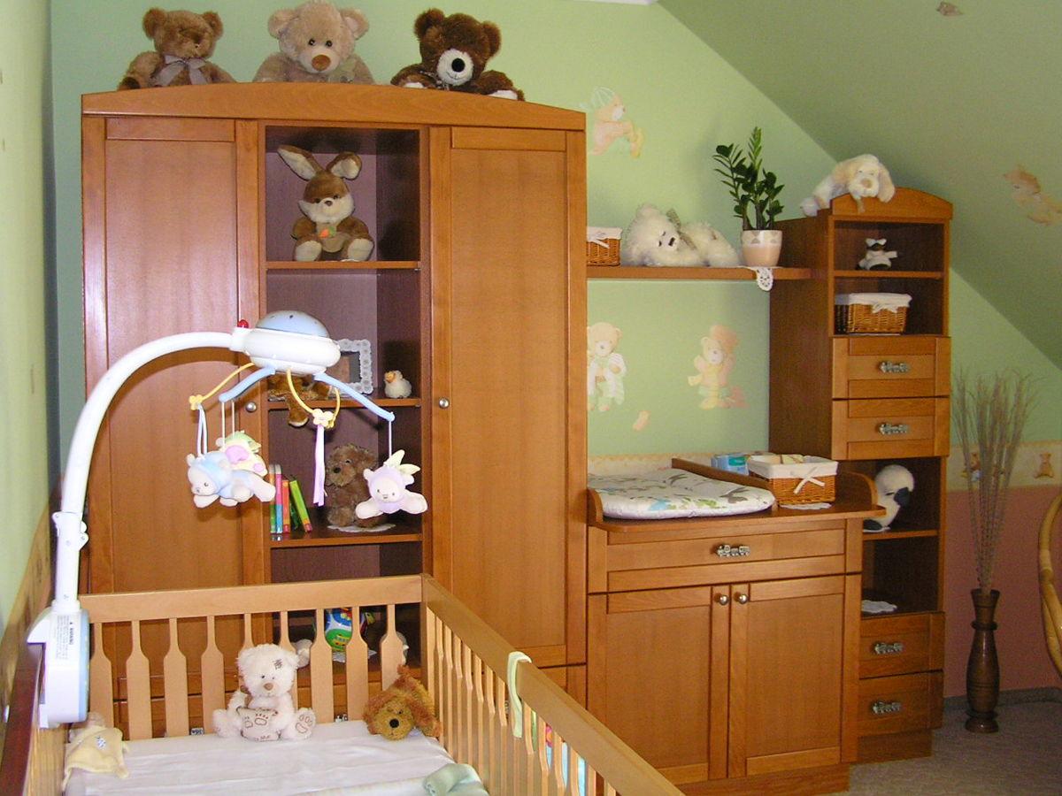 BRIZS babaszoba bútor