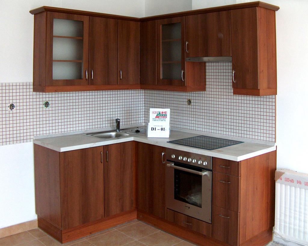 BRIZS Kft Konyha D1-01 - Siófok - sarokban, beépített sütővel, mosogató medencével